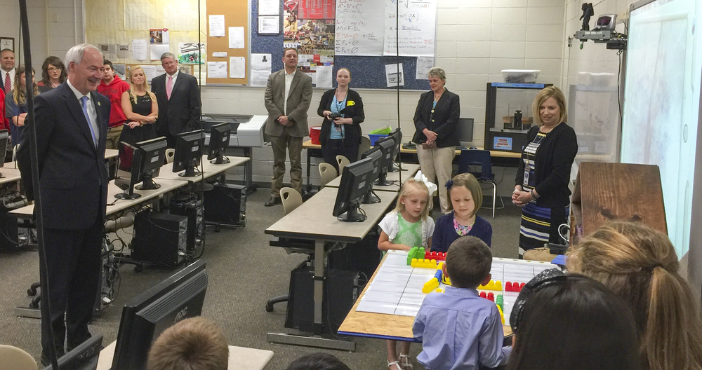 Governor Hutchinson Visits RHS