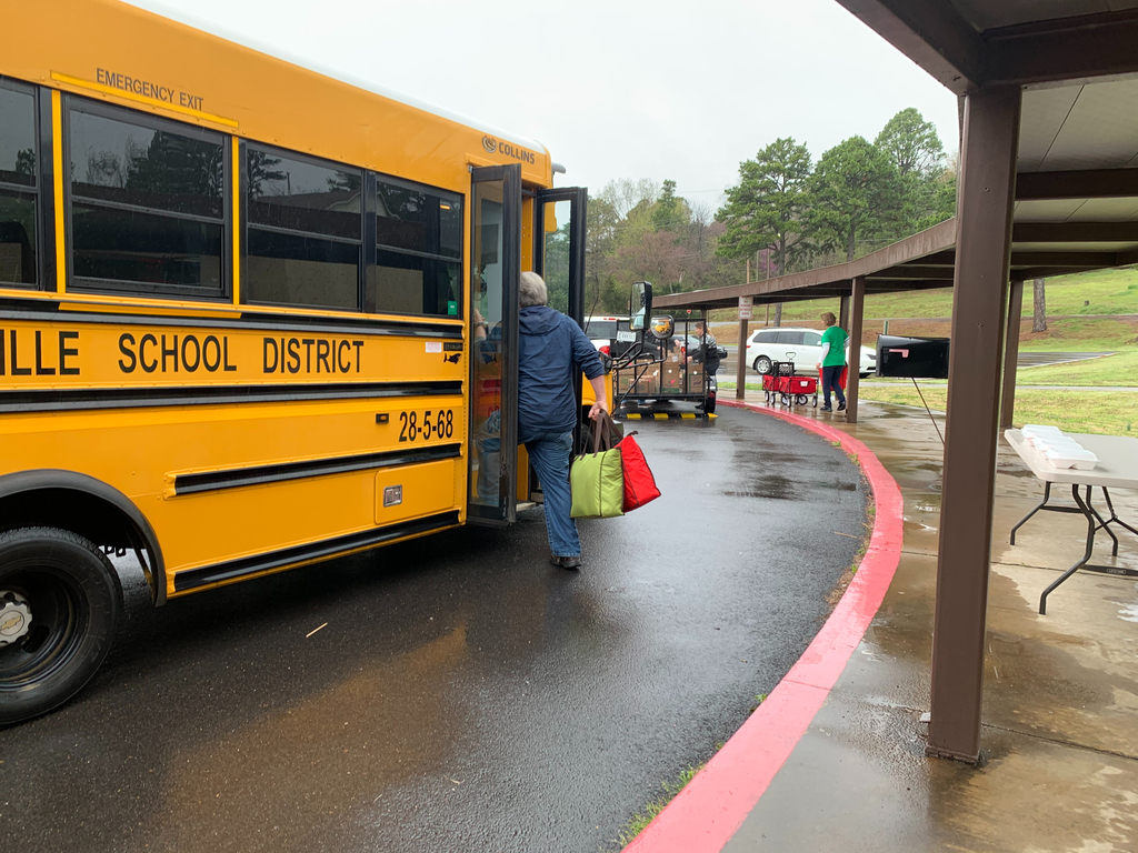 Loading buses with lunches!